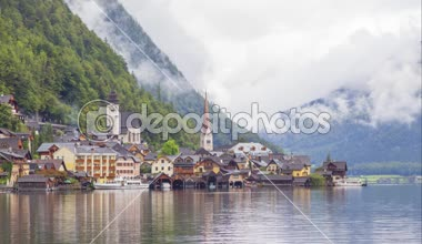 Time-lapse video of Hallstatt village in Austrian Alps — Stock Video