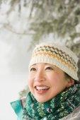 Donna nella neve — Foto Stock