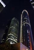 Notte bella vista morden edificio, hong kong — Foto Stock