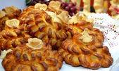 Traditional wedding Ukrainian bread Korovai — Stock Photo