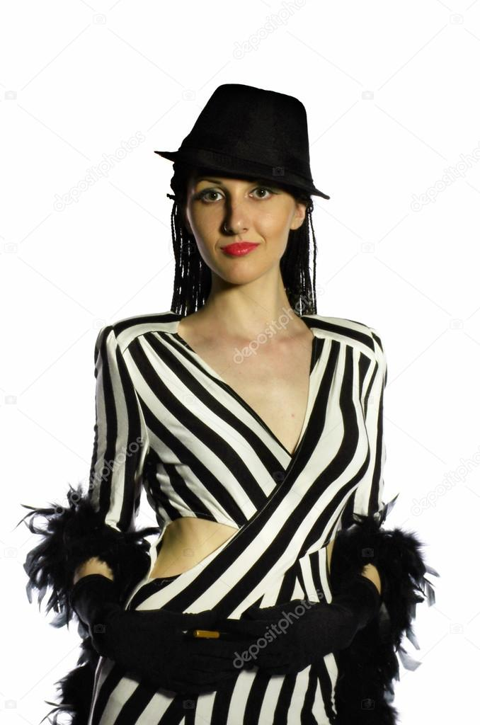 Платья черно белые ретро