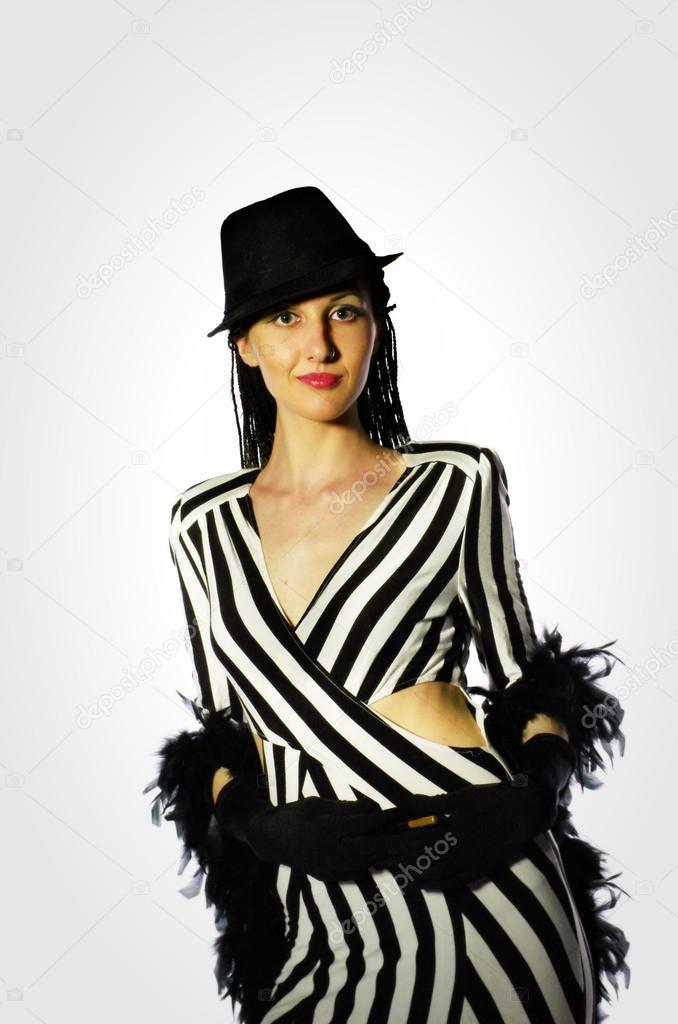 мода платья рукав 3 4