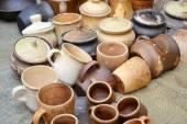 Lotes de panelas de barro artesanal — Fotografia Stock