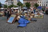 Loppmarknad på place du jeu de balle i Bryssel, Belgien — Stockfoto