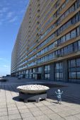 Apartments on a seafront promenade in Oostende — Stock Photo