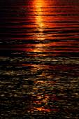 Sunset reflection in the water — Stock Photo