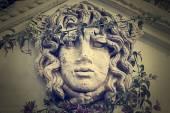 Sculptuur van een vrouwelijk gezicht — Stockfoto