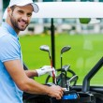 Постер, плакат: Golfer choosing driver