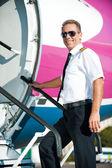 Confident male pilot in uniform — ストック写真