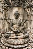Sanat Tay tarzı Buda Tapınağı, Tayland duvardaki oyma. — Stok fotoğraf