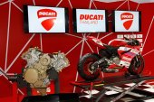 BANGKOK - MARCH 26 : Ducati 1199 PANiGALE S Models First Look mo — Stock Photo