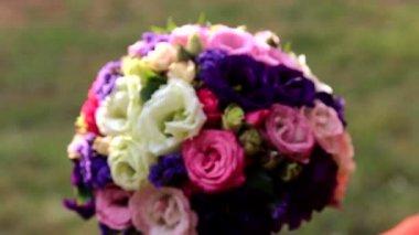 Wedding bouquet of fresh flowers.Festive bouquet of fresh flowers.Wedding bridal bouquet.Wedding floristry. — Stock Video