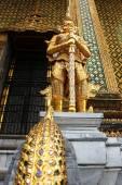 Demon guardian statue — Stock Photo
