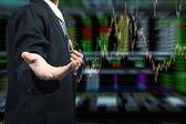 Geschäft Mann Hand holding mit Börse Diagrammhintergrund — Stockfoto