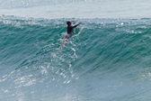 Surfing Surfer Escape Paddle Wave — Stock Photo