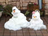 Two cute smiling snowman — Stock Photo