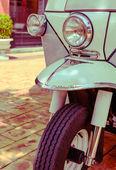 Tricycle (Tuk Tuk) de style thaï en Thaïlande — Photo