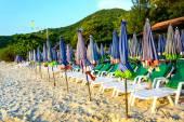 Sunbath seats on the beach — Стоковое фото