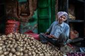 Grocery in Agra streets — Stock Photo