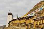 Prayer wheels around monastery in Shigatse, Tibet — Stock Photo