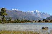 Landscape in Annapurna mountain range, Himalayas — Stock Photo
