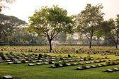 Cemetery of World War 2 casualties, Kanchanaburi, Thailand — Stock Photo