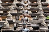 Buddhas and stupas in Colombo Sri Lanka — Stock Photo