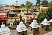 Pashupatinath temple and cremation ghats, Khatmandu — Stock Photo