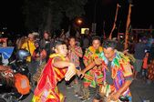 Dancers in traditional clothes, Yogyakarta city festival parade — Stock Photo