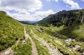 Krajobraz od gór bucegi, częścią południowych Karpat w Rumunii — Zdjęcie stockowe