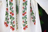 Romanian traditional blouse - textures and traditional motifs — Stockfoto