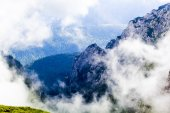 Landscape from Bucegi Mountains, part of Southern Carpathians in Romania in a very foggy day — Stock Photo