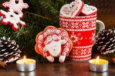 Noel kompozisyon kırmızı gingerbread koyun ile. Yılı Sh — Stok fotoğraf