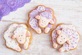White and purple Sheep gingerbread cookies  — Stock Photo