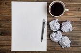 Boş kağıt kahve ile — Stok fotoğraf