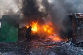 Kiev, Ucrania - 25 de enero de 2014: Euromaidan. Masiva protesta acciones en Grushevskogo St. — Foto de Stock