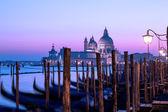 Venice sunset panorama. Twilight seascape, romantic purple sky — Stock Photo
