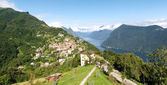Bre. Lugano - Shots of the core with the mountains behind — Stock Photo
