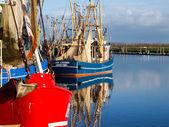 Greetsiel, barche da pesca. — Foto Stock