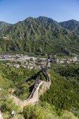 居庸关,中国。中国的长城,越过山谷 Guangou — 图库照片