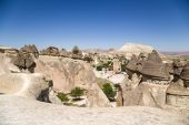 """Cappadocia, Turkey. Top view of the picturesque """"mushrooms"""" - Pillars of weathering in the Valley of the Monks (Pashabag Valley) — Stock Photo"""