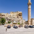 """CAPPADOCIA, TURKEY - JUN 25, 2014: Photo of mosque in the old town and the """"living"""" rock with """"cave"""" houses — Stock Photo #62327301"""