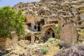 Urgup, Turkey. Abandoned cave dwelling in the old town — Stock Photo