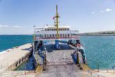 DARDANELLES STRAIT, TURKEY - JUN 29, 2014: Photo of сar ferry ship at the pier — Foto de Stock