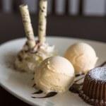 Chocolate and macadamia nut cookies — Stock Photo #58929965