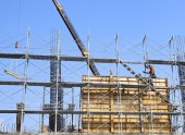 The construction site and steel frame — Foto de Stock