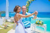 Wedding Ceremony at the Tropical Coast Line — Stock Photo