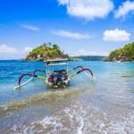 Tropical coastline of Nusa Penida island. — Stock Photo #74966635