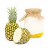 Pineapple yogurt — Стоковое фото