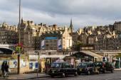 Taxis parked in Edinburgh, Scotland — Stock Photo